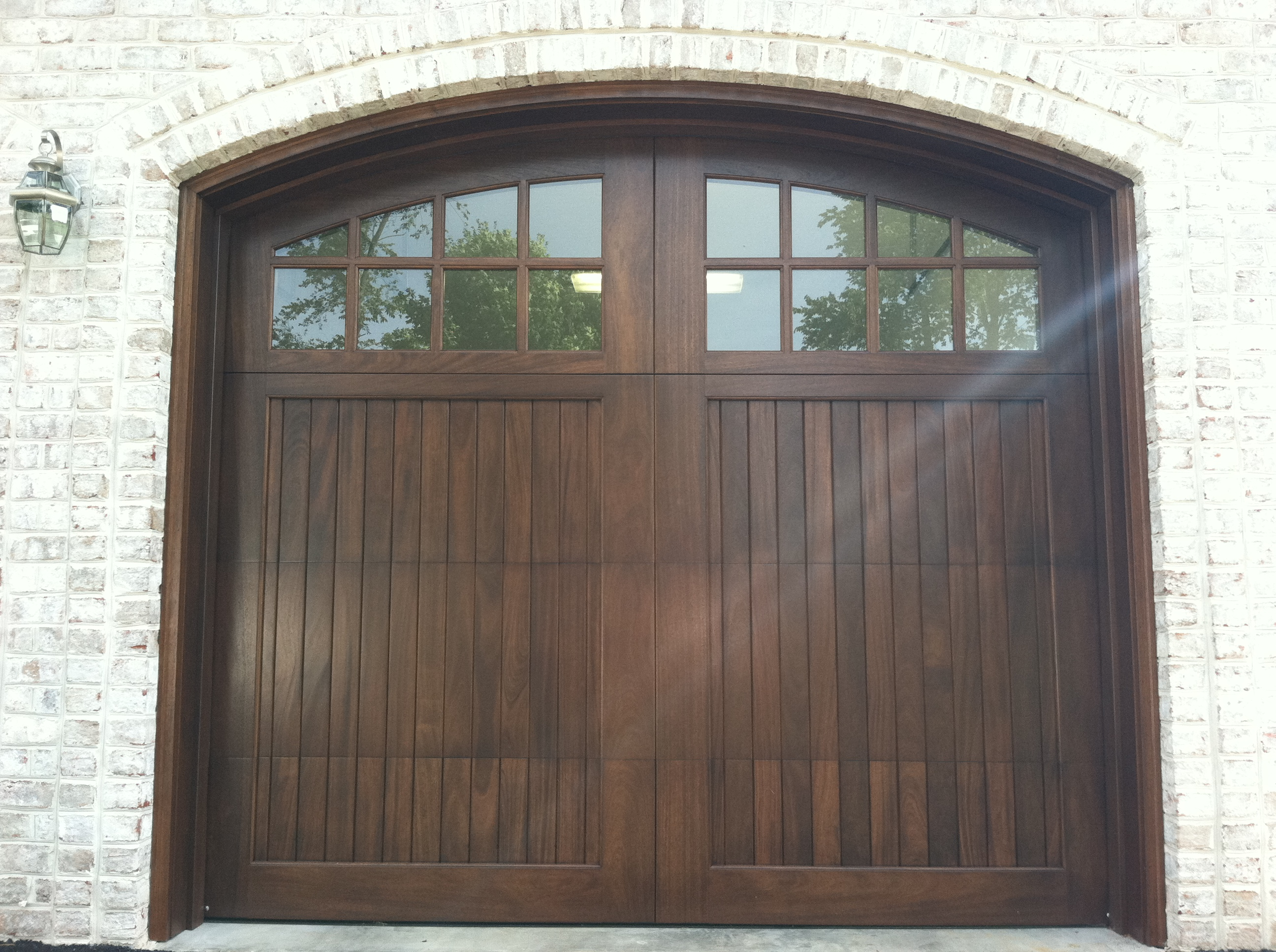 Wood garage doors and carriage doors clearville for Garage doors